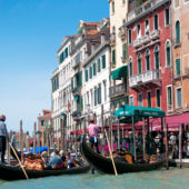 2014_Best-Places_Venice_Italy_gondolas