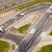 Airport runway planes