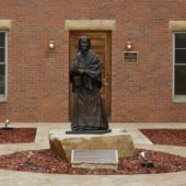 Louisa Swain Statue In Front Of The Wyoming House For Historic Women Credit Wyoming Office Of Tourism