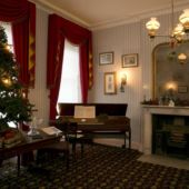 Christmas Drawing Room at 48 Doughty Street
