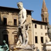 FlorenceRSS_Statues_Outside_Uffizi_Gallery