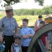 Gettysburg_Ranger-program_Devils-Den