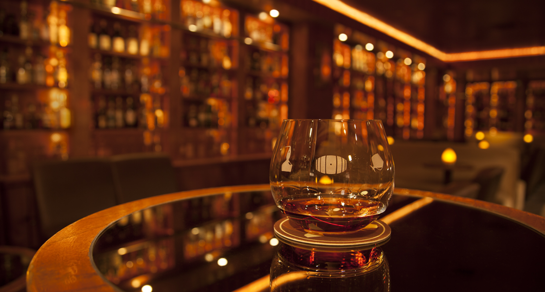 The 8 Best Whiskey Bars in The US