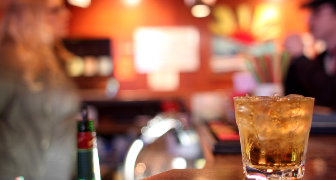 Manhattan's top 7 dive bars for cheap drinks