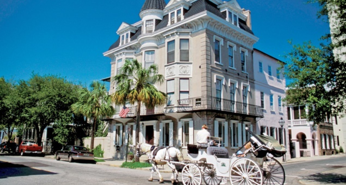 Charleston: A Walking—and Eating!—Tour