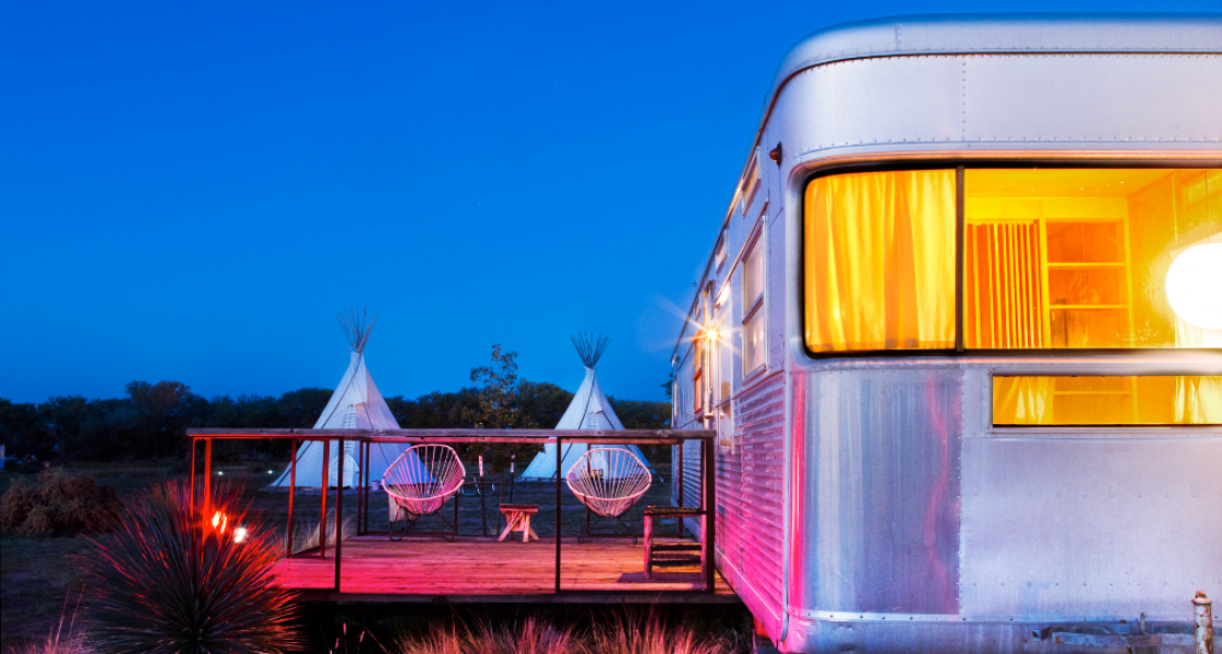 10 Totally Adorable Trailer Hotels