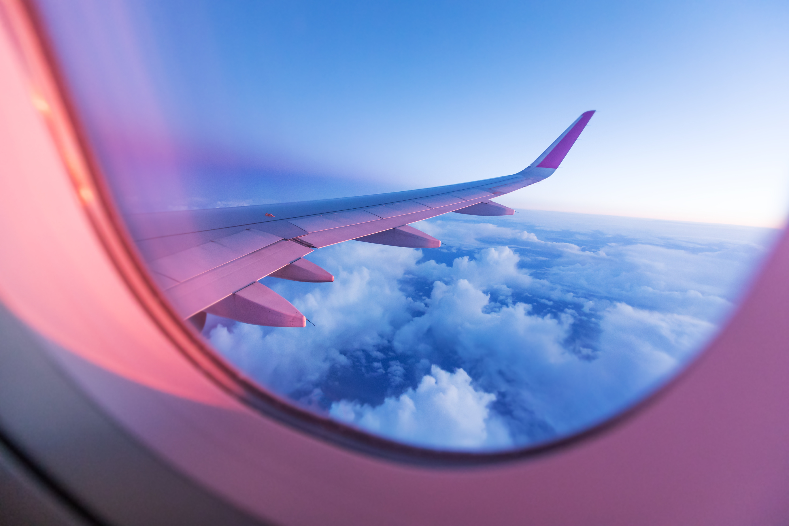airplane-window.jpg?mtime=20180710123727#asset:102441