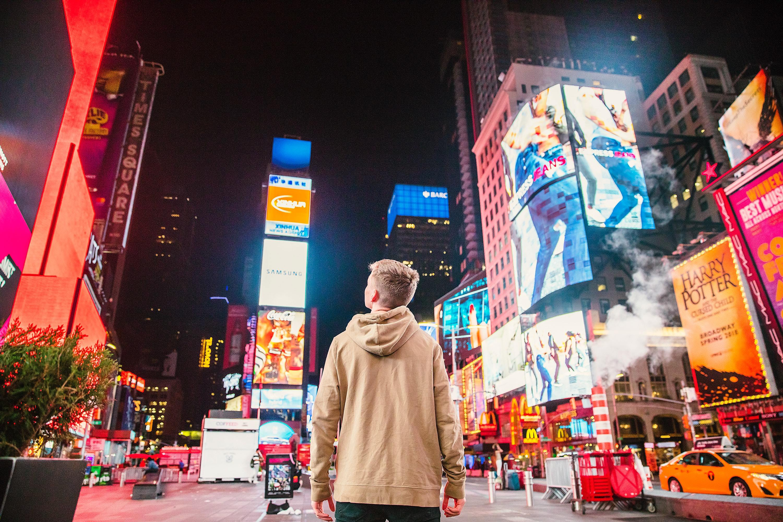 03_Times-Square-USA_Ph-joshua-earle.jpg?mtime=20200601111239#asset:108436