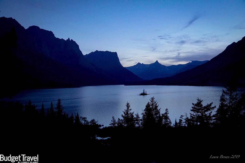 Glacier Nighttime Zoom Background