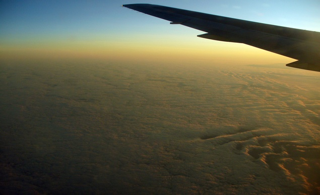 PlaneWindowSlideshow_SpainSunrise