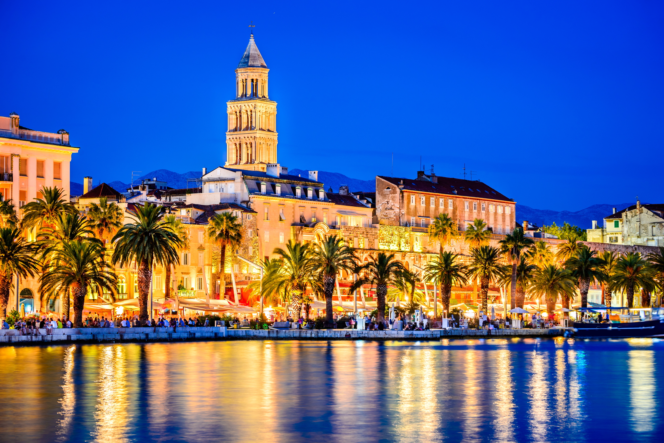split-croatia-river-night.jpg?mtime=20190107224826#asset:104384