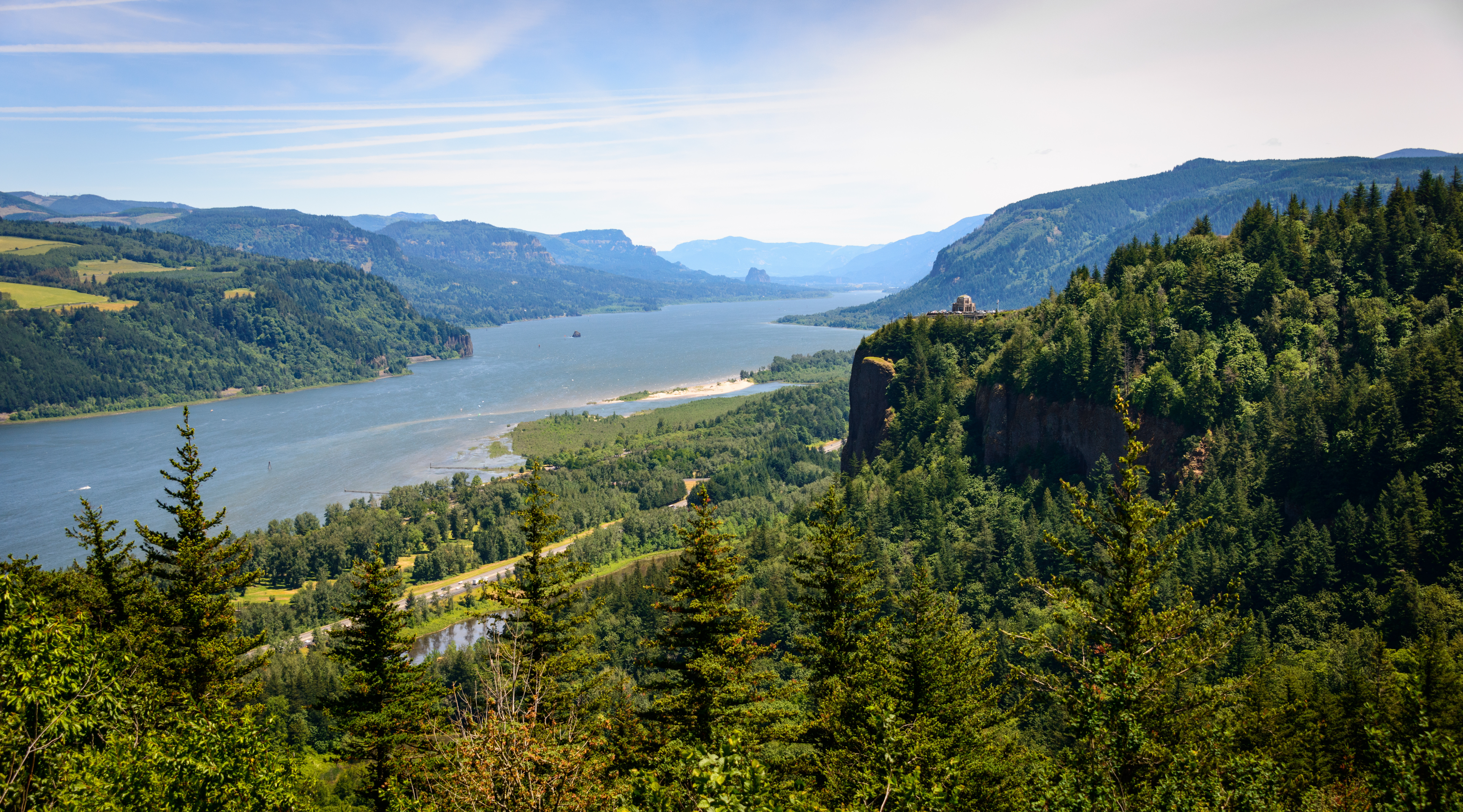 the-columbia-gorge-valley.jpg?mtime=20200129110538#asset:107819