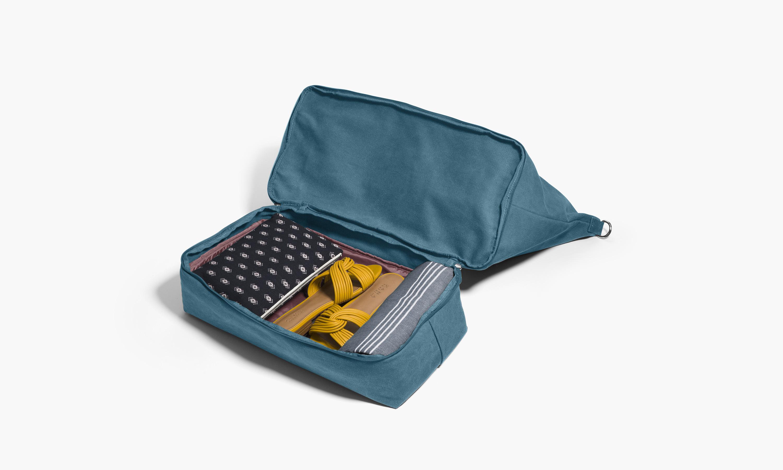 weekend-bag-teal-open.jpg?mtime=20171127123709#asset:98956